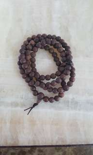 Mala agarwood beads