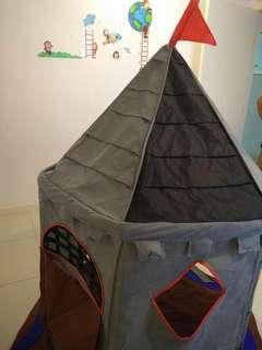 Huge play tent