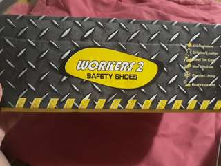 Workers 2 SAFETY SHOES