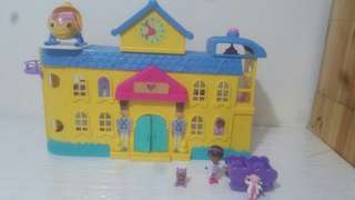 Doc mcstuffins hospital play house