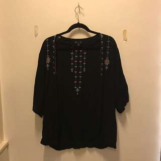 COTTON ON Black kimono with embroidered design