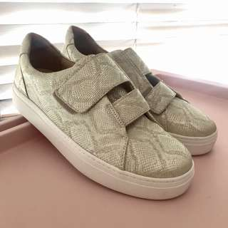 Naturalizer Charlie Sneakers