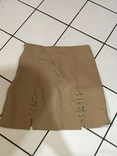 Ring skirt