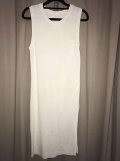 Size S/M - Women's Stunning Fitted Dress