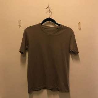 UNIQLO Beige shirt