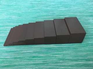 Montessori brown stairs (miniature)
