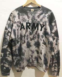 Vintage ARMY sweatshirt USA Camo