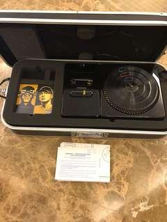 DJ Hero Renegade