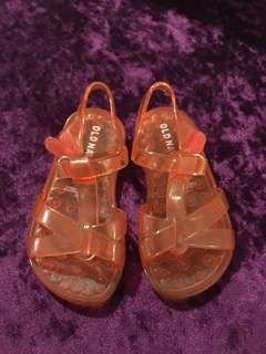 Old Navy jelly sandals s6