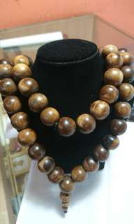 Gaharu wood necklace 16mm 60 beads