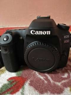 Canon 80D with 18-200mm sc below 10k
