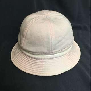 粉紅漁夫帽