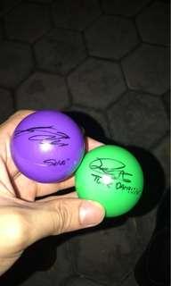 WTT/WTS DAHYUN & SANA SIGNED BALL