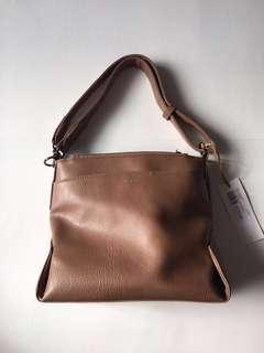 NWT Matt & Nat Jorja Handbag