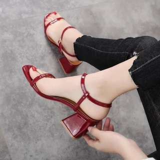 Korean 2-inch glossy square heels