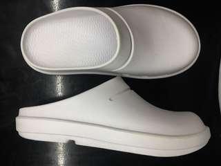 Duralite Kitchen open heel shoes