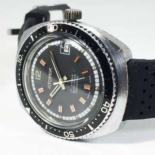 Vintage Atomik Submarine Incabloc Manual Winding Divers Watch (ASM_03-0618-75)
