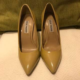 STEVE MADDEN Nude pointed heels