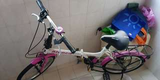 Foldable bicycle for girls