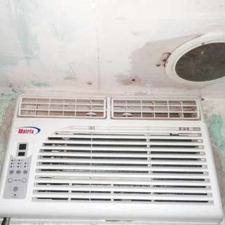 1 Hp Aircon with timer & remote...