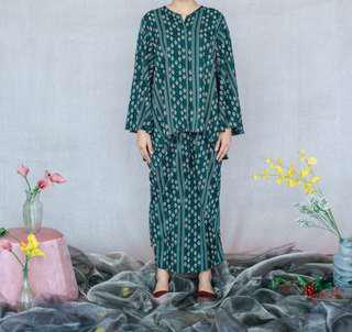 Shals Naomi Kurung in Green