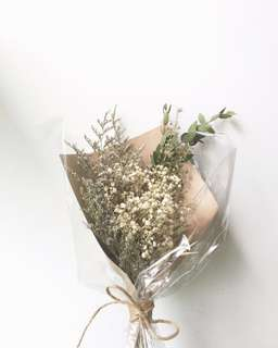Dried Hand Bouquet - medium