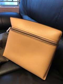 Charles & Keith 手袋(Beige color)
