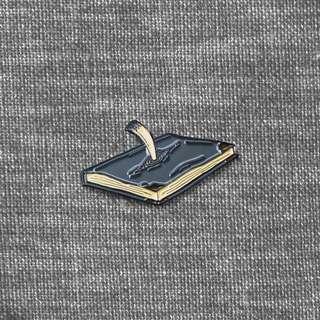 🚚 [soft enamel pin] Tom Riddle's Diary