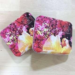 🚚 BN Mika Ninagawa Metal Box