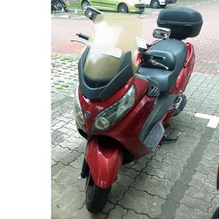 SYM MAXSYM 400I CVT - 1st owner, engine well-maintained, mileage 43000km.