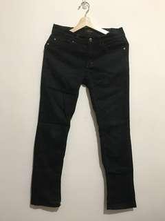 🚚 Lee 純黑低腰牛仔褲