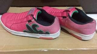 🚚 royal elastics女鞋