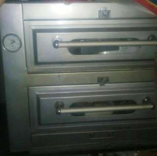 Oven 2pintu Gold Star