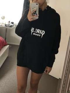 GIRLS TOUR hoodie