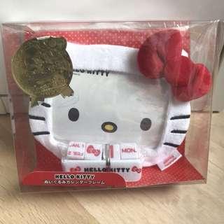 Hello Kitty 座台日暦