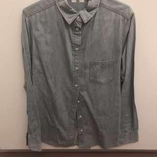 Uniqlo light blue denim long sleeved top
