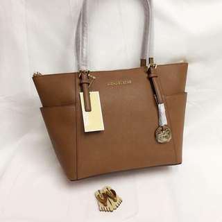 Michael Kors Jet Set East/West Top Zip Tote