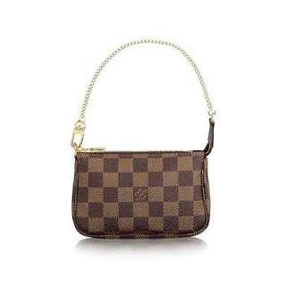 🌟 BRAND NEW Louis Vuitton Mini Pochette (Damier Ebene)