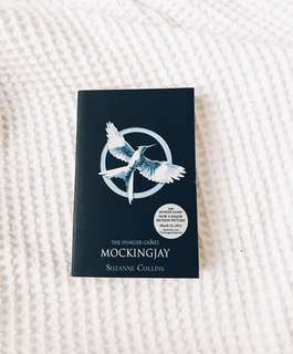 🚚 🏹 mockingjay | suzanne collins