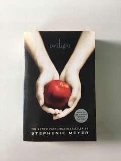 Stephenie Meyer - Twilight
