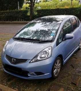 [Grab Ready] Honda Fit For rental