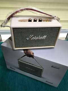 Marshall portable speaker - Kilburn
