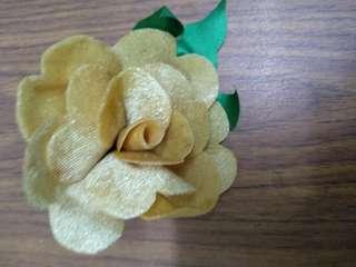 Handmade single yellow flower