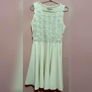 Chic Simple Broken White Dress