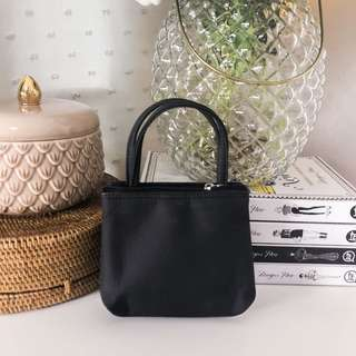 💛 PCX cute mini bag makeup pouch • black zipper closure • two compartments for to organize more things inside