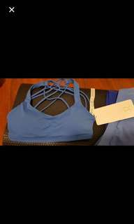 Lululemon sports yoga bra