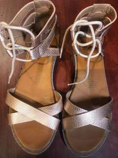Champagne metallic ROC sandals