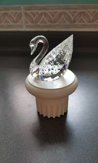 15 Swarovski Crystal - 100th Anniversary 'Centenary Swan' With Stand  (LE)