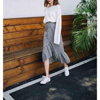 🚚 韓系 不對稱格子魚尾裙 黑白