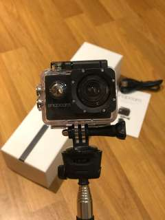 Snapcam w/ Waterproof case and Monopod
